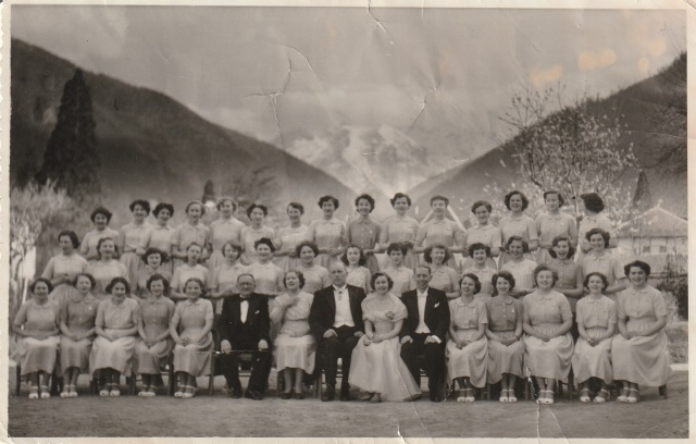 Harrogate School Choir with Mayor, circa 1954